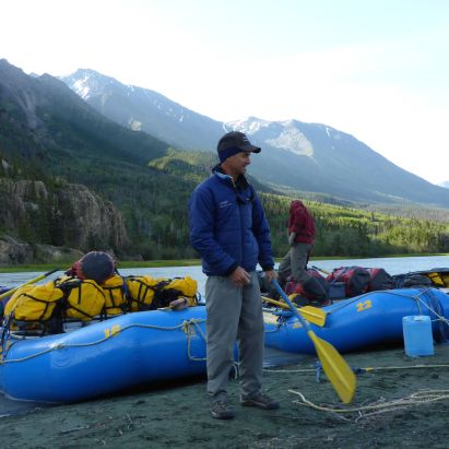 Whitey describes systems; first campsite Dezadeash River