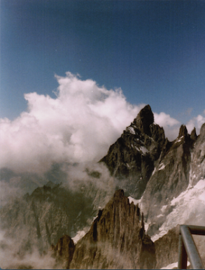 High peaks above La Vallée Blanche